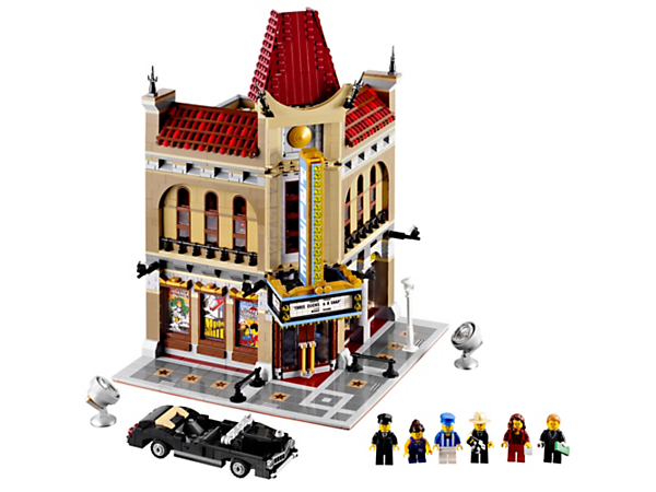 <p>Watch the big premiere at the Palace Cinema, a 2-story collectible with detailed lobby, big screen theater and 6 reclining minifigure seats!</p><p> </p>