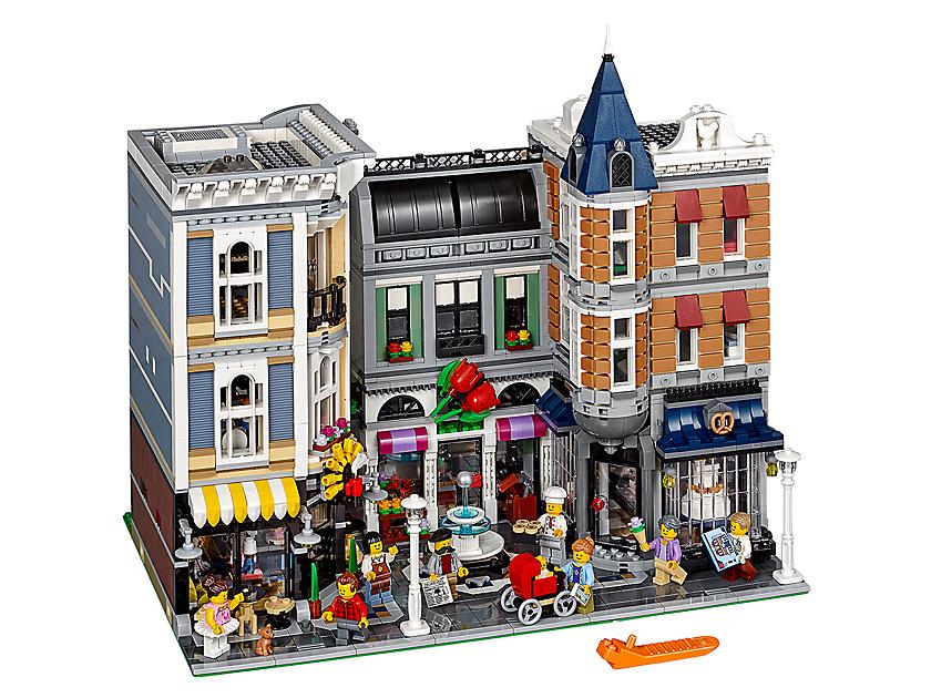 prix LEGO 10255 La Place De L Assemblee