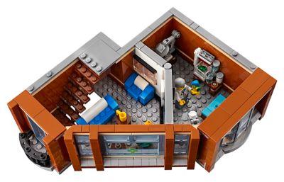 Corner Garage 10264 | Creator Expert | Buy online at the Official LEGO®  Shop US