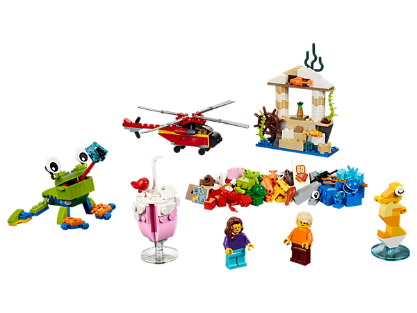 Encourage your child to make the world more fun in new and creative ways, with this range of colorful LEGO® bricks, special elements and 2 minifigures.