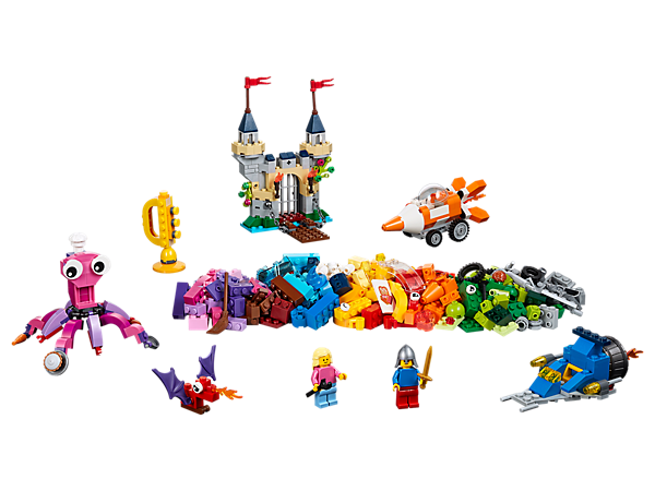 Let your child explore the bottom of the ocean with this range of colorful LEGO® bricks, special elements and 2 minifigures. Inspire your child to think bigger and be creative!