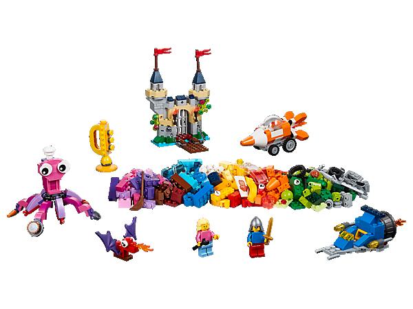 Lad dit barn udforske havets bund med dette udvalg af farverige LEGO® klodser, specialelementer og 2 minifigurer. Inspirer dit barn til at tænke større og være kreativ!