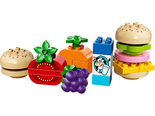 Enjoy a LEGO® DUPLO® Creative Picnic with sandwich elements and fruit until your child has built the ultimate tasty snack!