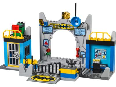 Explore product details and fan reviews for buildable toy Batman™: Defend the Batcave 10672 from Juniors. Buy today with The Official LEGO® Shop Guarantee.
