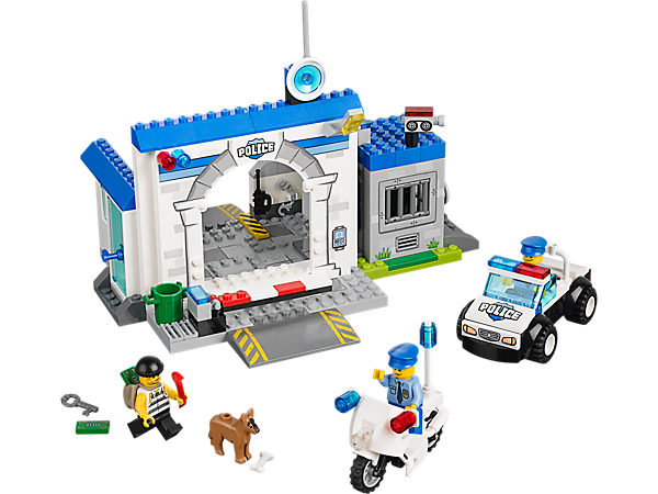 <div>Explore product details and fan reviews for buildable toy Police – The Big Escape 10675 from Juniors. Buy today with The Official LEGO® Shop Guarantee.</div>