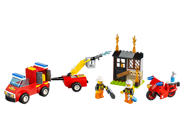 Battle the fire with this pickup with adjustable cherry picker, motorcycle, abandoned house and two minifigures—all inside an easy-to-carry LEGO® Juniors suitcase.