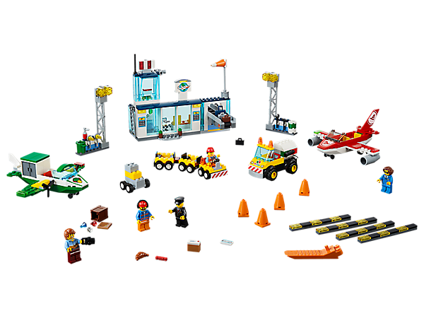Fly high from the City Central Airport featuring an Easy to Build terminal, 2 airplanes and fuel truck with Starter Brick elements, a baggage cart with 2 trailers and 5 minifigures.