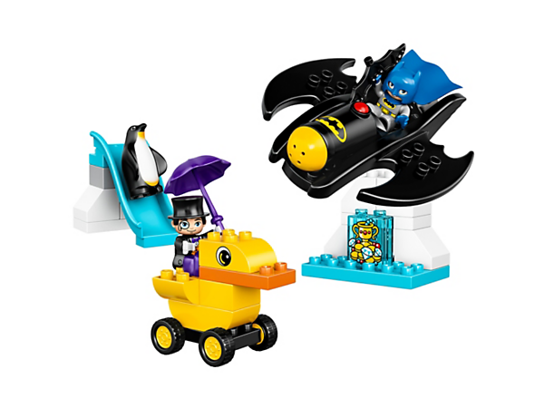 Jump into a fun LEGO® DUPLO® experience with the Batwing Adventure play set, and help Batman™ retrieve the stolen treasure from The Penguin. Includes a duck vehicle, penguin and two DUPLO figures.