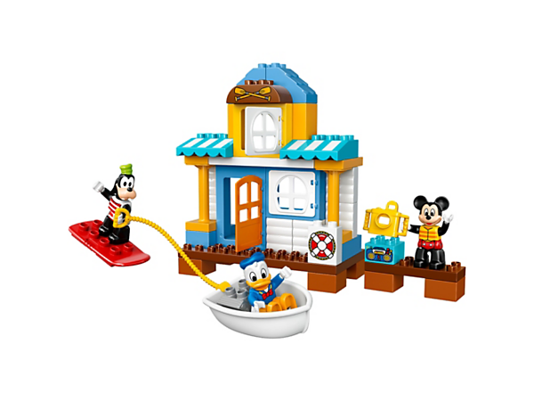 <p>Create vacation-themed fun at the Mickey & Friends Beach House with Mickey Mouse, Donald Duck and Goofy, including a deck area, camera and a boat with wakeboard.</p>