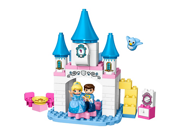 Your child will love Cinderella's Magical Castle with special gear wheels to help her dance with the Prince at the ball, iconic decorations and a friendly bird figure.