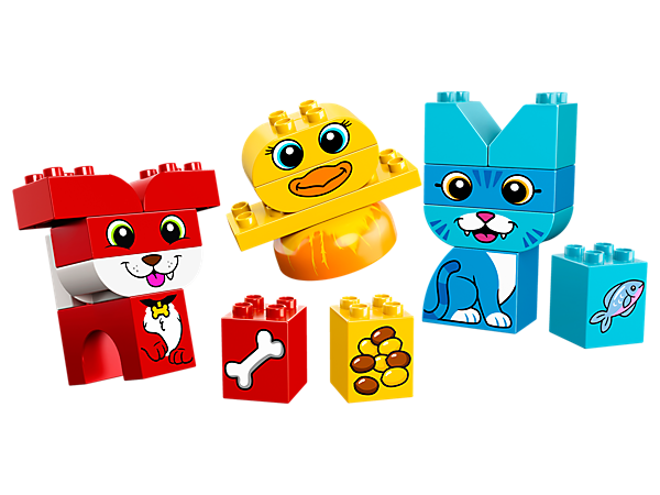 Help your child develop color recognition and fine motor skills, as they build the cute LEGO® DUPLO® My First Puzzle Pets with bricks decorated as food for each pet.