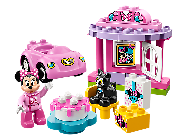 Have endless party fun at Disney Minnie Mouse's Birthday Party, featuring a party venue, cool pink car, buildable cake, bricks decorated as gifts, a LEGO® DUPLO® figure and a DUPLO cat figure.