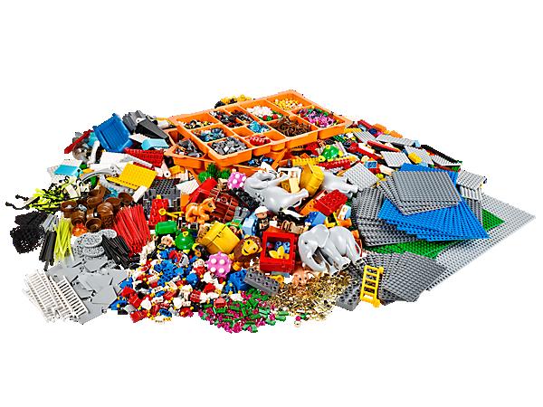 Byg store modeller i teambuilding-workshops med masser af LEGO® og LEGO DUPLO® klodser, byggeelementer og meget mere!