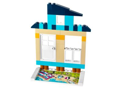 Explore product details and fan reviews for LEGO® Fusion Resort Designer 21208 from Fusion. Buy today with The Official LEGO® Shop Guarantee.