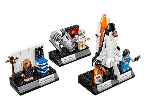 Discover exciting STEM professions with this Women of NASA set, featuring 4 minifigures, Hubble Space Telescope, iconic Margaret Hamilton scene and Space Shuttle Challenger with launchpad.