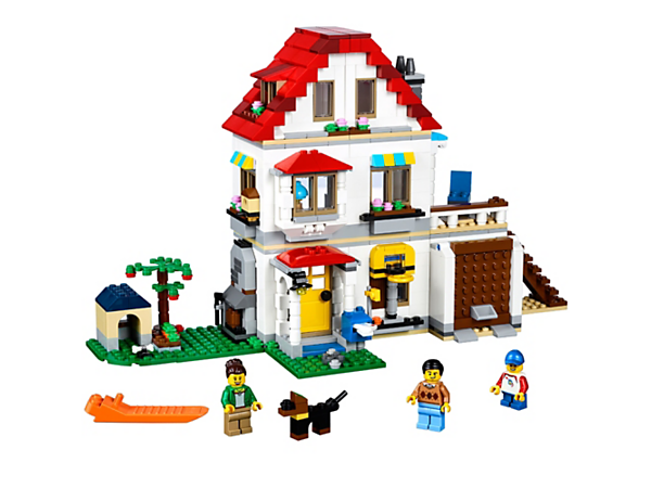 Discover the 3-in-1 Family Villa, featuring a colorful facade, balcony and detailed interior, plus 3 minifigures and a dog figure. Rebuilds into a Golf Hotel or a Summer Villa with a swimming pool.