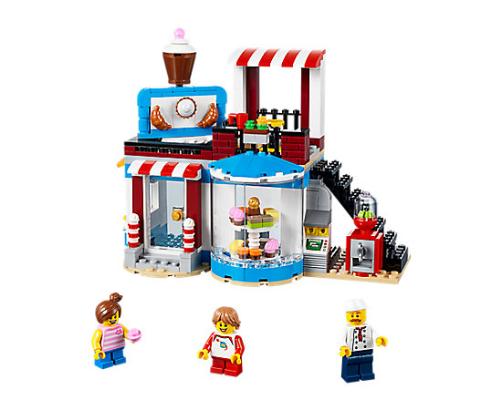 Modular Sweet Surprises 31077 Creator 3 In 1 Lego Shop