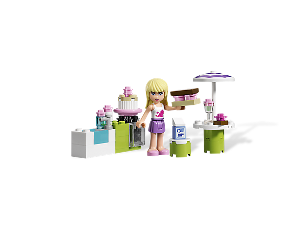 Take the LEGO® Friends fun out into the sunshine for a garden party with Stephanie's Outdoor Bakery featuring fresh-baked accessories!