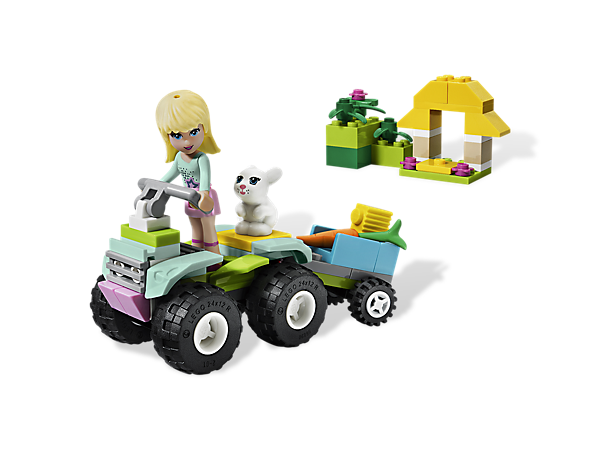 Rescue the animals of Heartlake City with Stephanie's cool quad bike, equipped with a trailer and carrot for her bunny Daisy!