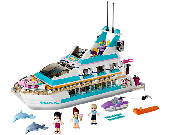 Set sail for fancy fun in the Dolphin Cruiser, a 2-story yacht with a waterslide that splits in half for playing inside with 3 mini-dolls!