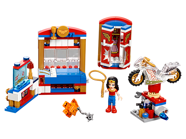 <p>Help Wonder Woman™ protect her Golden Lasso, featuring a mini-doll figure, bed, wardrobe, workstation, 'invisible' motorbike and a suspicious orange Kryptomite™.</p>