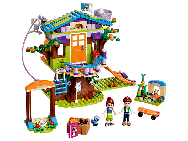Mia's Tree House has a first floor room with storage in the attic and tree trunk, a zip wire, scramble net, bird nest, bunny house, skateboard and loads of fun accessories!