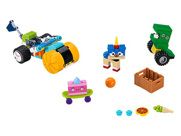 The super speedy Prince Puppycorn™ Trike features a huge basketball as a front wheel, bone and flag details, and 2 sparkle matter stud shooters, plus a crate of treats and 3 buildable figures.