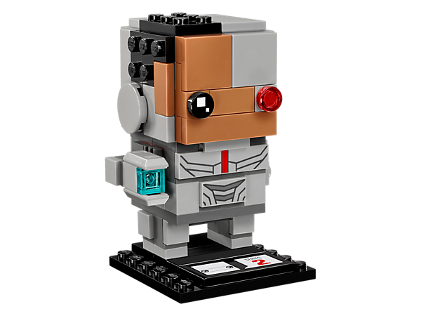 Build Cyborg™ with this fun LEGO® BrickHeadz construction character, featuring an infrared eye, cybernetic face mask, body armor and cannon arm, plus a display baseplate.