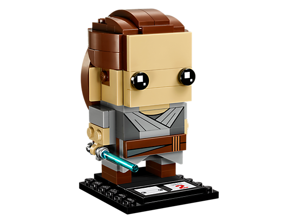 Build Rey, as seen in the blockbuster Star Wars: The Last Jedi movie, with this fun LEGO® BrickHeadz construction character with iconic robe and detachable Lightsaber, plus a display baseplate.