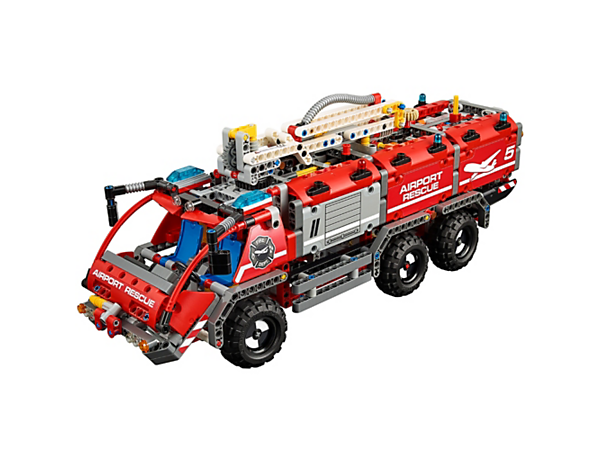 Build and experience the Airport Rescue Vehicle with multi-directional water cannon, working boom, twin-axle steering and a detailed 4-cylinder engine with moving pistons.