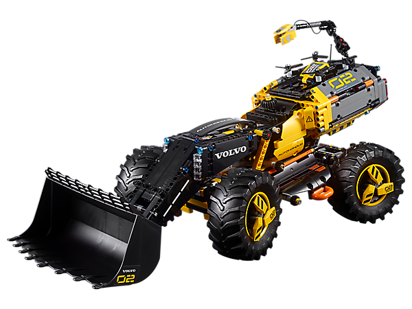 Unearth the futuristic 2-in-1 Volvo Concept Wheel Loader ZEUX, complete with a model mapping drone, 4‑wheel steering, working boom and bucket and an adjustable counterbalance.