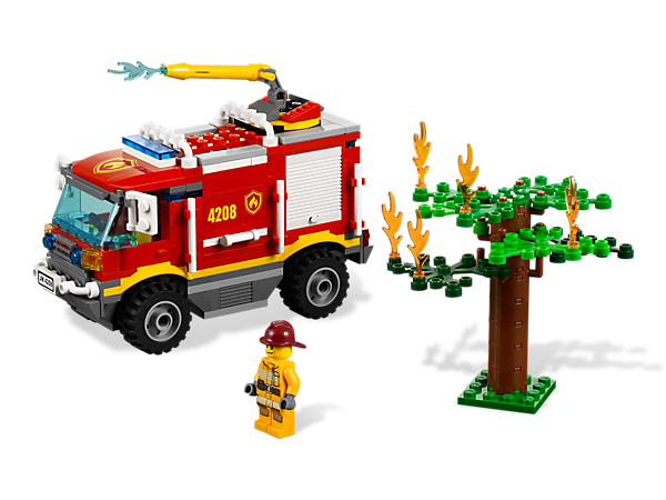 Climb over any terrain to put out fires in the LEGO® City forest with the 4x4 Fire Truck and its rotating water cannon!