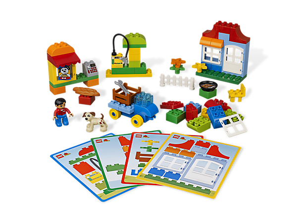 Start building with simple LEGO® DUPLO® ideas and the basics to begin anything including house elements, a wagon base, a figure and a dog!