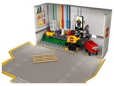 Minifigure Factory 5005358 Unknown Lego Shop