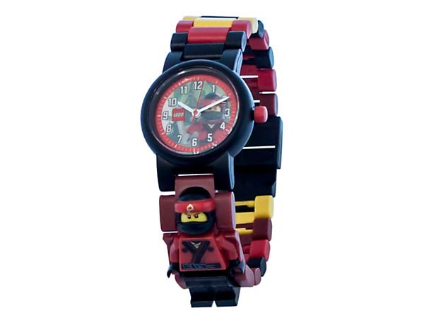 Buď všude včas s LEGO® NINJAGO® MOVIE™ hodinkami s minifigurkou Kaie se sestavitelným páskem z pestrobarevných vyměnitelných článků a minifigurkou Kaie.