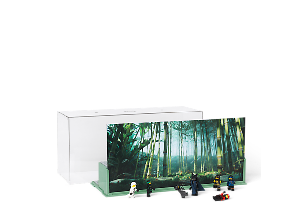 Showcase your ninja creations in THE LEGO® NINJAGO® MOVIE™ Play & Display Case, with 2 levels, 2-sided backdrop with NINJAGO City and jungle images, and a removable transparent plastic case.