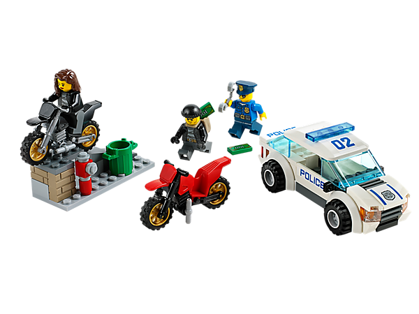 It's an all-out LEGO® City High Speed Police Chase with a police car, 2 scrambler motorbikes, ramp, policeman, 2 crooks and accessories!