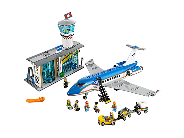 <p>Head off on vacation from the Airport Passenger Terminal, with a passenger airplane, luggage trailer, mobile stairway, airport service car and 6 minifigures.</p>