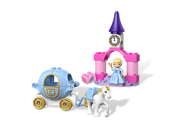 Build a Disney Princess fairytale and take Cinderella to the ball with a buildable pumpkin carriage, castle portal and horse!