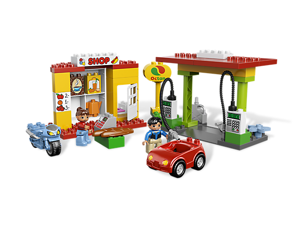 Go on a DUPLO road trip in the car and motorcycle with the Gas Station that includes a fuel pump, restroom and a shop for groceries!