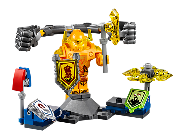There's big trouble for those who stand against Ultimate Axl and his giant fists! Includes a magnetizer club, spinning top with blades, 3 scannable shields and a minifigure.