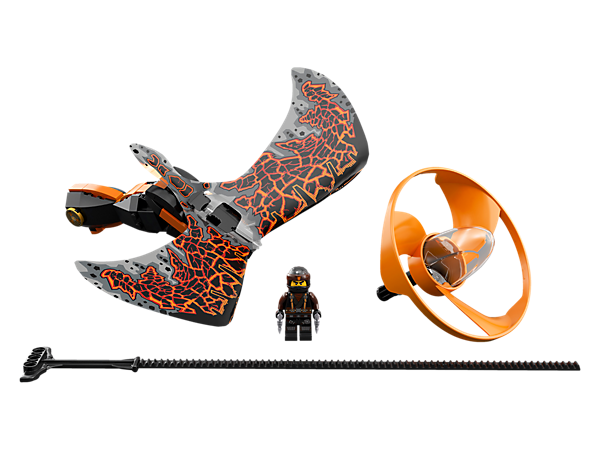 Master aerial tricks and compete against friends with the Cole - Dragon Master flyer, with a LEGO® brick handle, minifigure capsule, blade element, dragon wings and rip cord.