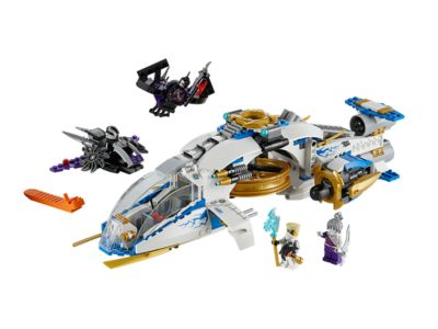 Fly into battle with the NinjaCopter with rotating flick missiles and shooting cannons, Nindroid jet fighter and glider with 4 minifigures!