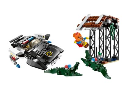 Explore product details and fan reviews for buildable toy Dad Cop's Pursuit 70802 from THE LEGO® MOVIE. Buy today with The Official LEGO® Shop Guarantee.