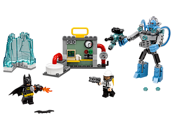 Defend the power plant from a Mr. Freeze™ Ice Attack with Batman™. Includes three minifigures, Mr. Freeze's posable Exosuit with freeze gun, Batman's flamethrower and ice prison.