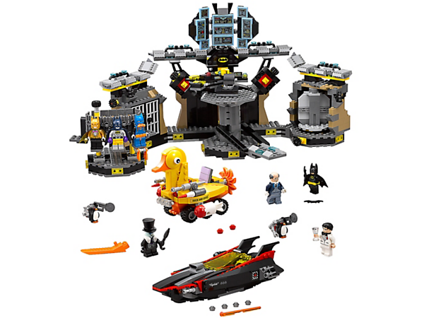 Help Batman™ defend the Batcave, featuring a transformation chamber, Batcomputer, and explode-function prison. Also includes a Batboat, Duckmobile and four minifigures.