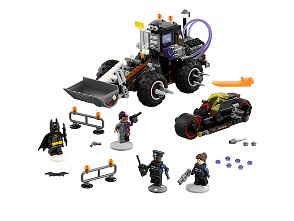 <p>Drive Batman's weaponized Batcycle into combat against Two-Face's smooth-steering Excavator with excavator arm and bucket and rapid shooter. Includes 4 minifigures.</p>