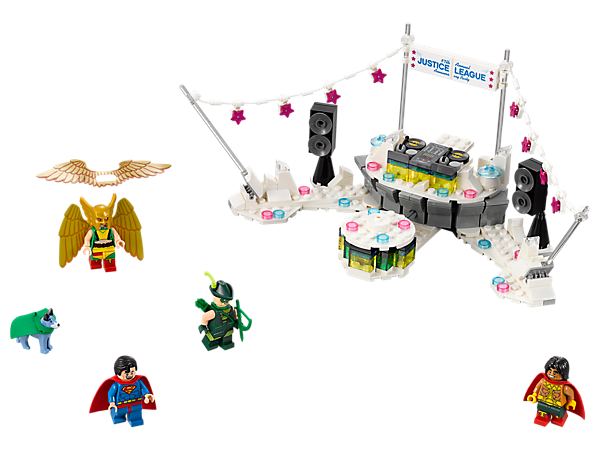 Spin around the disco with The Justice League™ Anniversary Party set, featuring a rotating dance floor, DJ booth with turntables, bunting, 4 minifigures and a Wonder Dog™ figure.