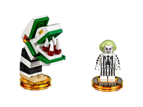 Appelez-moi une fois, deux fois, trois fois et vous ne serez pas déçu ! Préparez-vous pour une aventure LEGO® DIMENSIONS™ des plus étranges avec le Pack Héros Beetlejuice™ comprenant Beetlejuice, le véhicule 3-en-1 Sandworm ainsi qu'un Monde Aventure Beetlejuice avec son Arène de Bataille !