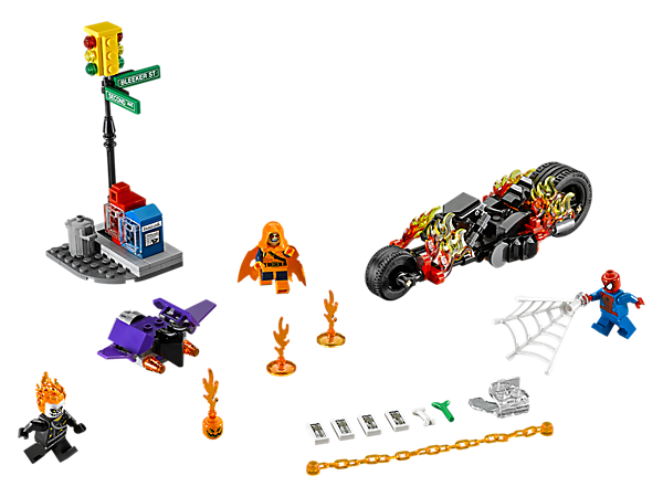 Drive the Ghost Rider Bike in at high speed to help Spider-Man battle Hobgoblin on his Goblin Glider with flick missiles. Includes traffic light model and 3 minifigures.